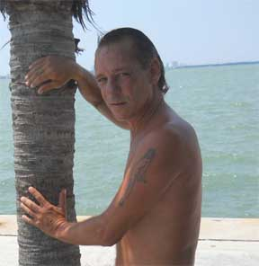 hotmiamibuns - Gay Escort in Florida , US