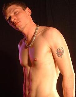 mattyukboi: Gay Escort in West Midlands, UK